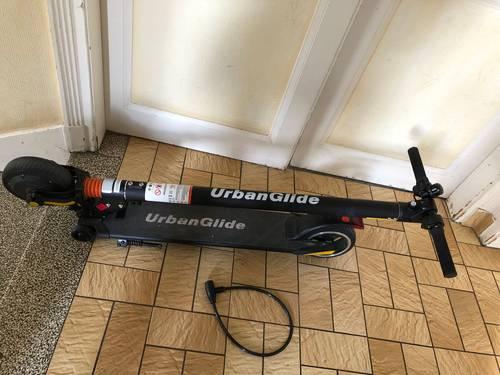 Trottinette électrique Urbanglide Ride 62S