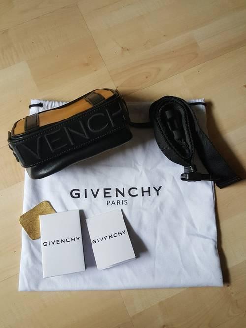 Sac bandoulière, banane ou ceinture Givenchy en cuir noir & doré, neuf