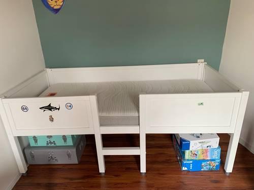 Vends lit enfant avec matelas