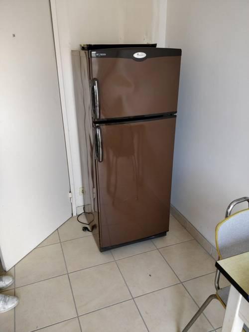 Vends frigo/réfrigérateur