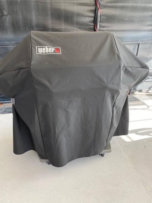 Vends barbecue à gaz Weber Spirit E-310en excellent état