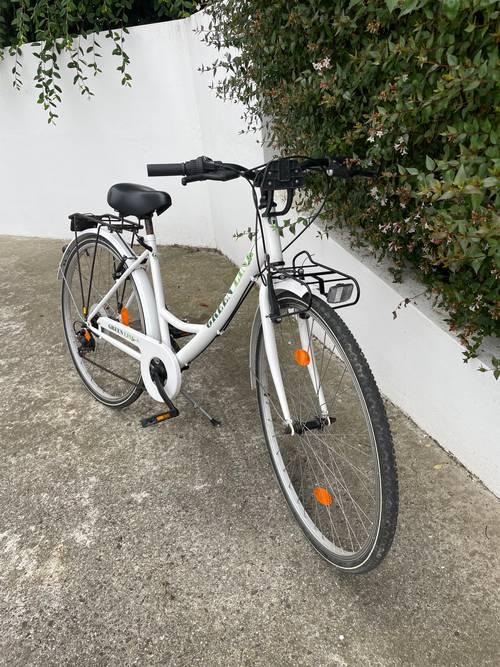 Vends vélo femme 28pouces (taille 1,50-1,65)