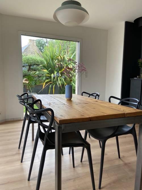 Vends table salle à manger industrielle bois massif
