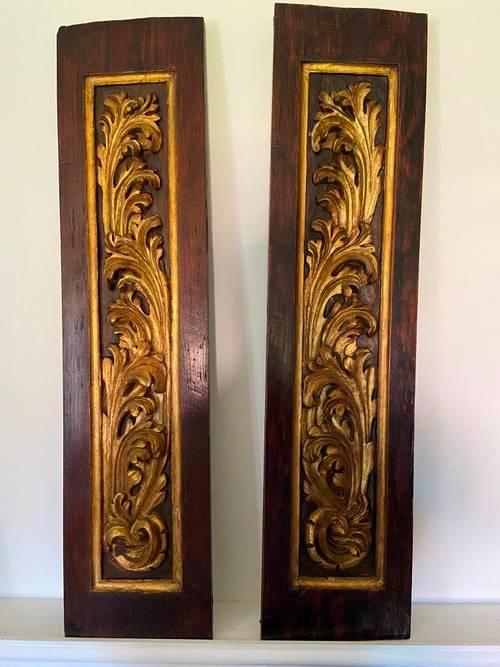 Rare paire panneaux boiseries bois sculpté décor végétal XVIIe siècle