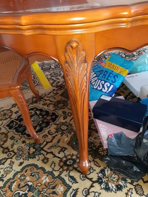 Table et chaise en merisier