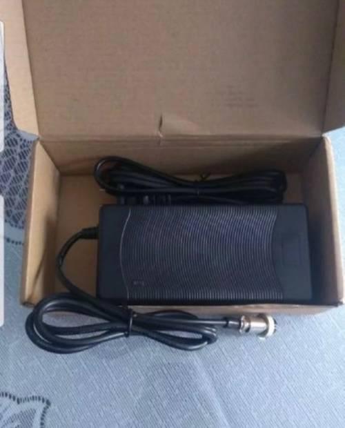 Chargeur rapide trottinette électrique 3ampères