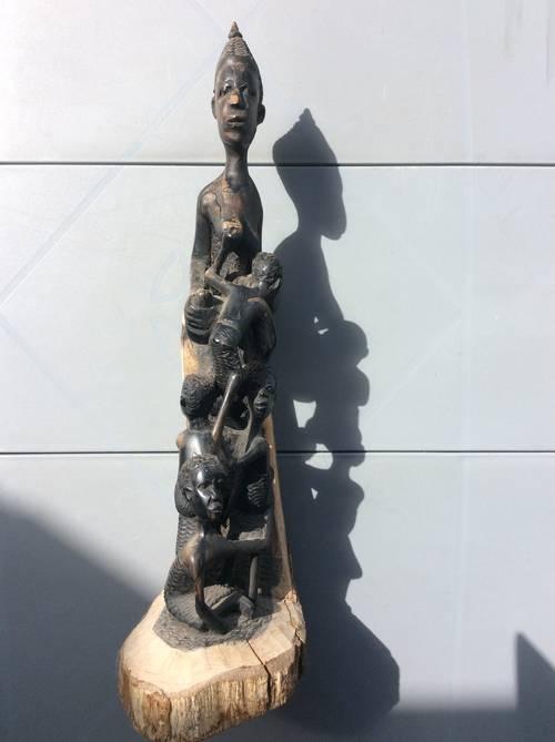 Ancienne sculpture africaine en bois année avant 1960