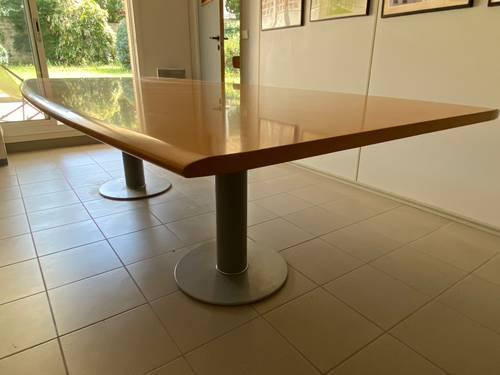 Vends grande table polyvalente