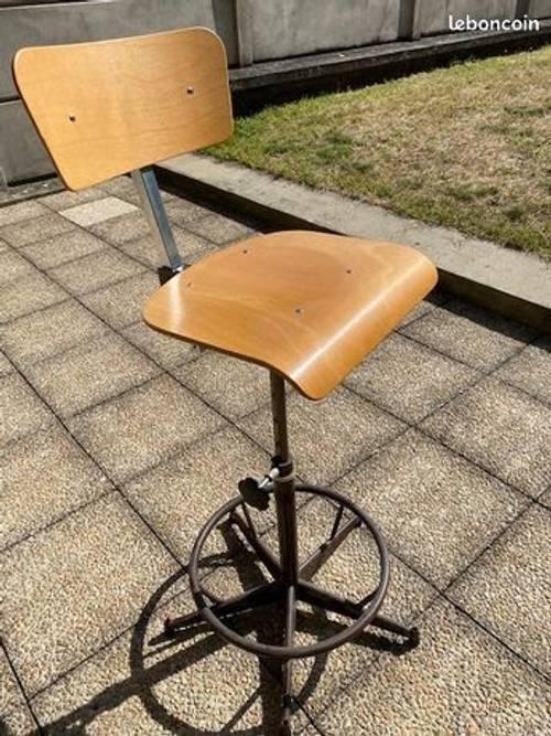 "Vends chaise ""atelier"""