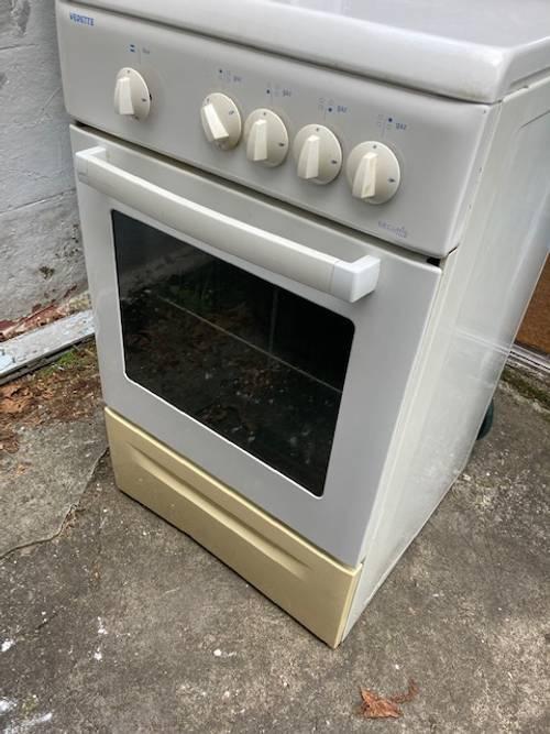 Vends une cuisinière gaz Vedette