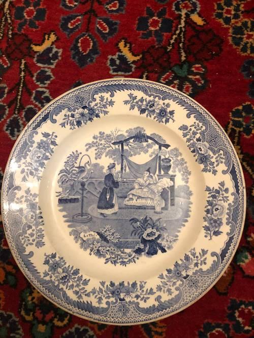 Assiette porcelaine opaque Creil et Montereau mi 19ème siècle