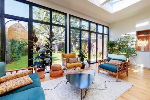 Vends Maison de prestige 220m² avec jardin 5chambres Suresnes (92)