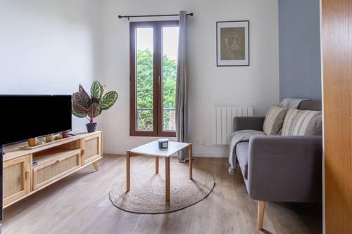 Loue agréable studio meublé refait à neuf - 21m² - Issy-les-Moulineaux (92)