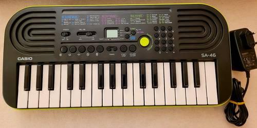 Vends mini clavier Casio SA-46