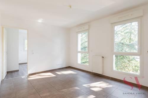 Vends appartement T362m² avec balcon au coeur de Fontaines-Sur-Saône