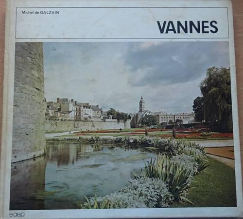 Livre ancien sur Vannes