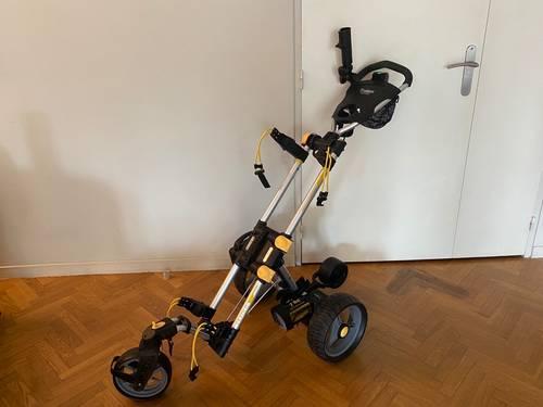 Vends chariot de golf électrique en excellent état