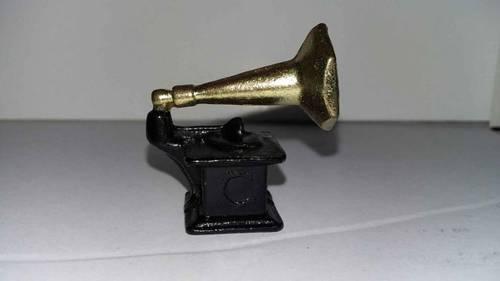 Gramophone pour passionnés de miniature