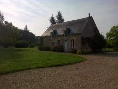 Loue maison meublée 130m², ensoleillée forêt, 3ch, 2sdb 2wc, Saint-Martin-d'Auxigny (18) 2h Paris