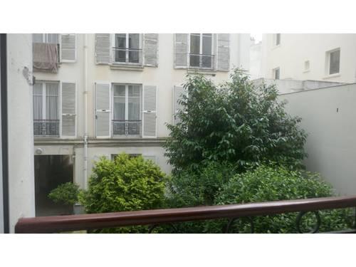 Colocation dans appartement T2Paris 7° rue Saint Dominique