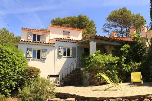 Loue agréable maison à Fréjus (83) de 3Ch, idéal pour les vacances