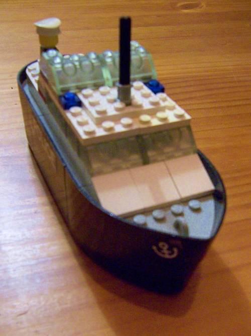 Lego ancien Bateau de Police (base modèle 709)