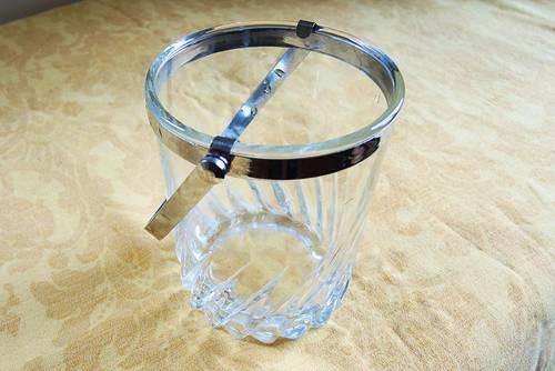 Vends ancien seau à glace en verre taillé & inox