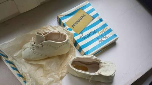 Anciens Vintage Chaussons chaussures bébé Cuir Absorba T. 20