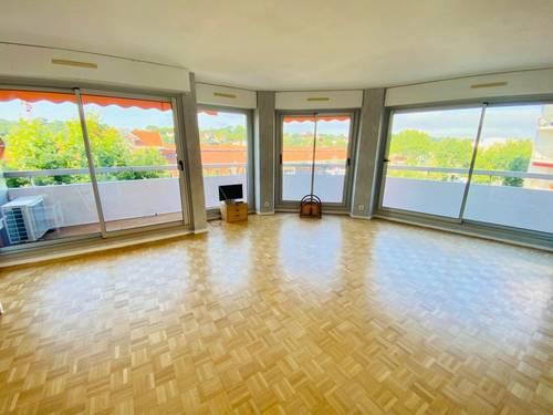 Vends appartement T254m² face gare - Arcachon (33)