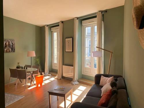 Loue appartement T2, 1chambre, 4couchages,Bordeaux 1mois min