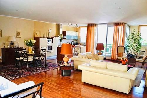 Vends Appartement T3au cœur de ville à Arcachon (33) - 132m²