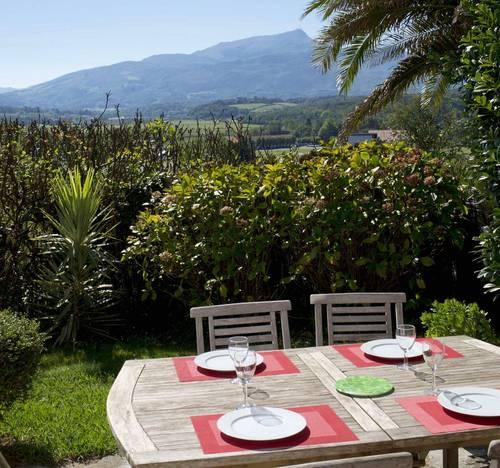 Loue appartement duplex avec jardin, 4couchages, 1chambre Saint-Jean-de-Luz (64)