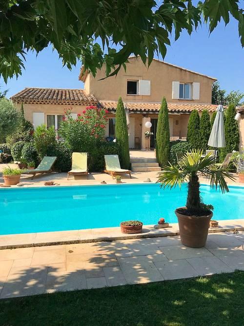 Loue Appartement à l'étage de ma maison - 2couchages - Aix-en-Provence (13)