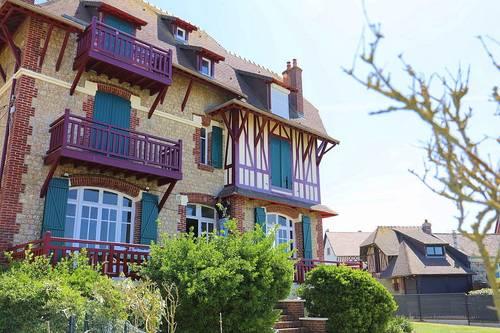 Loue Appartement dans une maison à Deauville 100m de la plage, 8couchages