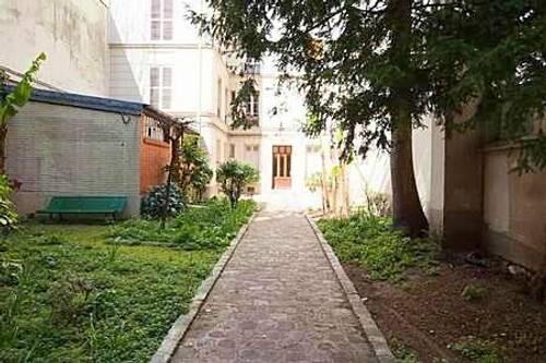 Loue appartement meublé 40m carré Paris XV Vaugirard très calme - 1chambre