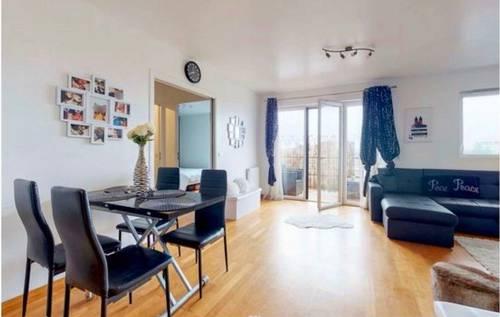Bel appartement Montreuil 3P - 2ch - 57m² - 5ème vue dégagée - libre