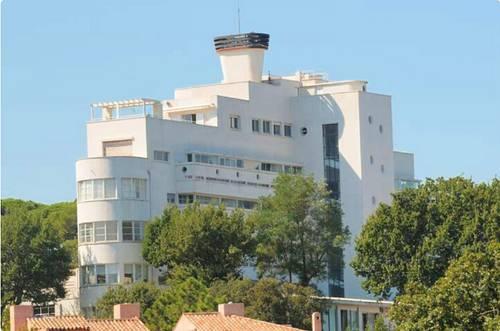 Loue appartement vue panoramique, années 30- Saint-Tropez (83) - 4couchages