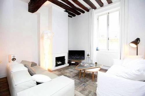 Loue appartement à Paris 3ème en plein Marais- 4couchages