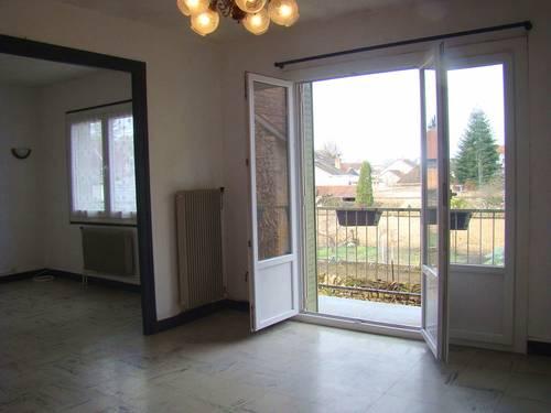 Loue un appartement de 3pièces, 61m², centre ville de Paray-le-Monial (71)