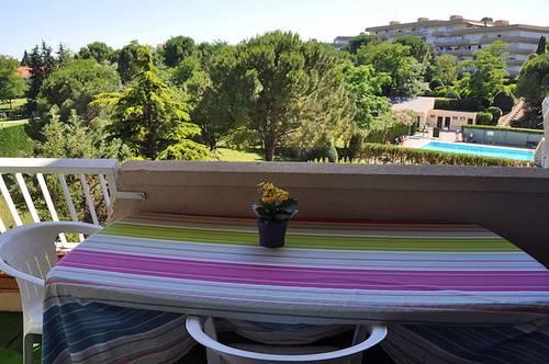 Loue appartement T378m², 2chambres, 5couchages: piscine, tennis, vue sur parc Montpellier (34)