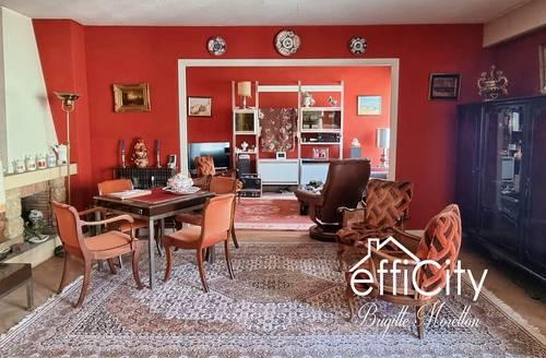 Bel Appartement Lyon 6ème à rénover - Balcon - 4Chambres