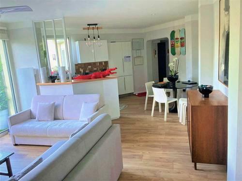 Loue appartement 80m² 2chambres 4/6couchages terrasse, parking, Biarritz (64)