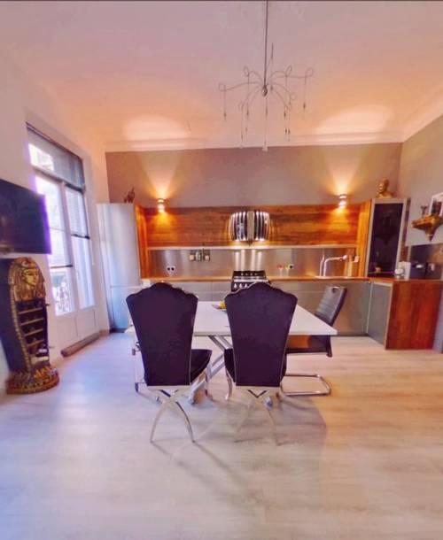 Vends Très bel Appartement Toulon Place Liberté (83) - 2chambres, 82m²