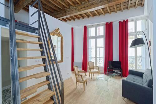 Loue appartements Montpellier centre historique 2/4couchages