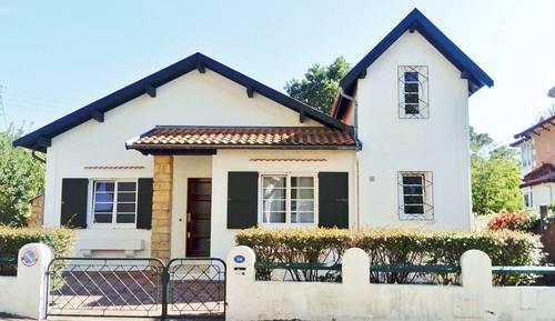 Loue Arcachon (33) maison 20mètres de la plage 8couchages