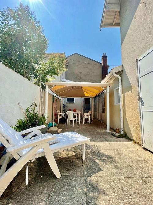 Vends maison avec terrasses - 3chambres, 105m² - Arcachon hyper centre (33)