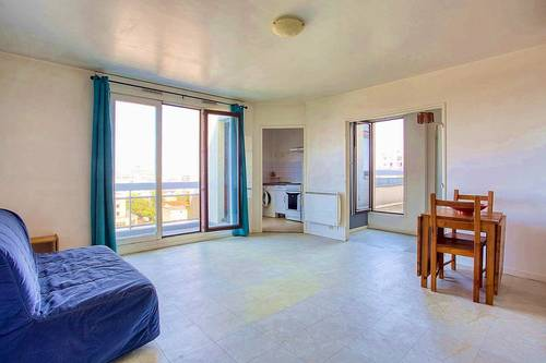 Vends 35m² + balcons 9m² - 6ème étage asc. À Courbevoie (92)