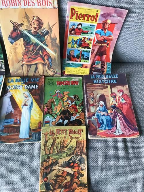 Lot de bandes dessinées et livres illustrés anciens