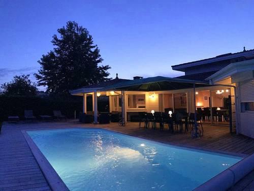 Loue villa piscine chauffée - 5chambres,10couchages,3sdbains, Andernos-les-Bains (33)