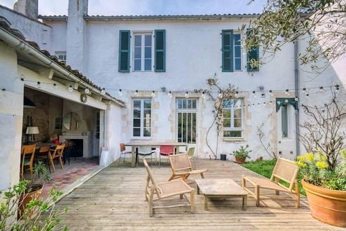 Loue belle maison familiale - 9couchages - centre de la Couarde-sur-mer (17)